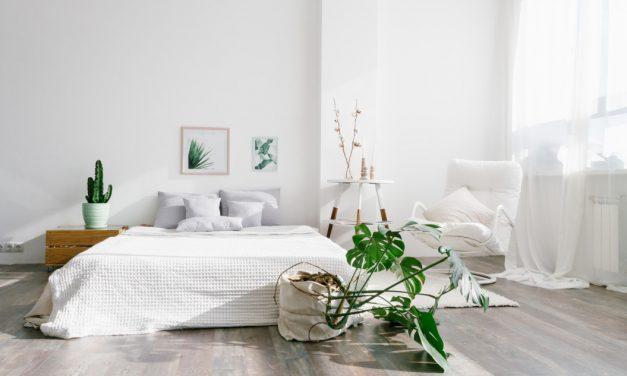 Oświetlenie w sypialni ważne przy urządzaniu mieszkania