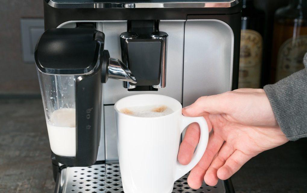Świeżo palona, aromatyczna kawa